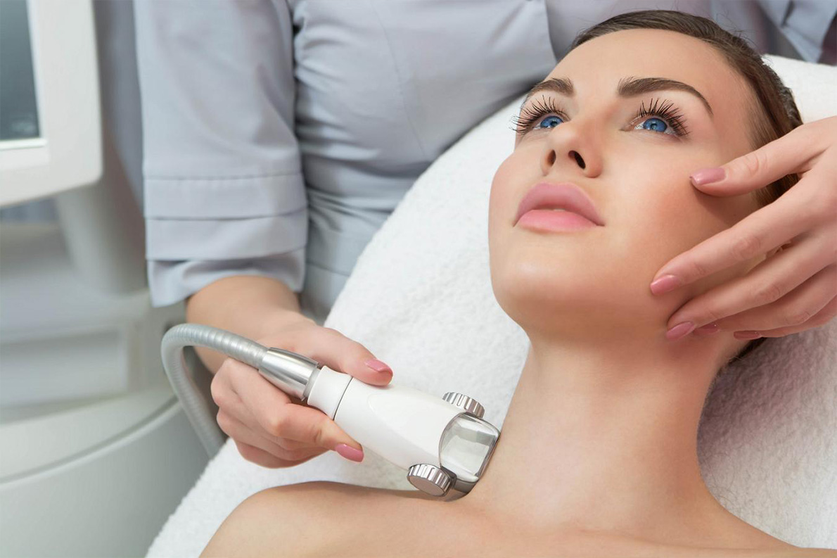 Piękna twarz i dekolt z Endermologią - Salon Kosmetyczny Białystok - Żelazna 5 Klinika Urody