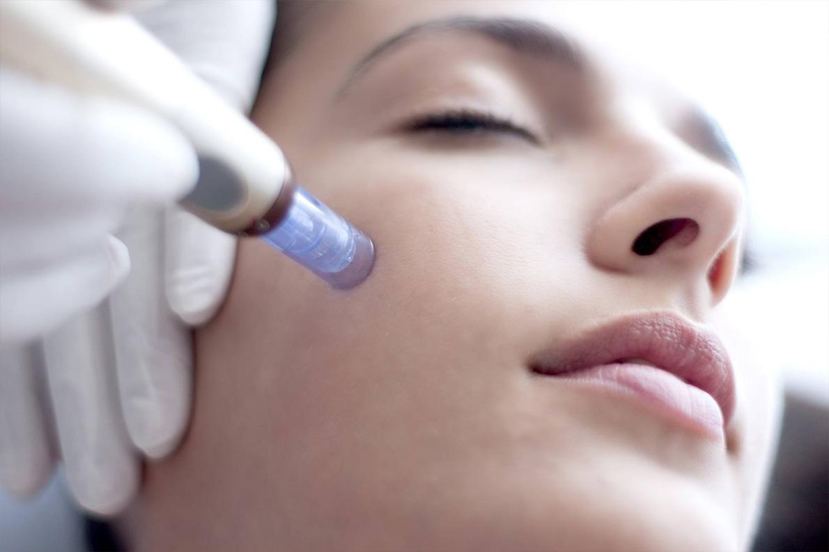 Kosmetolog zamiast chirurgii plastycznej - Bloomea - Żelazna 5 Klinika Urody Salon Kosmetyczny Białystok